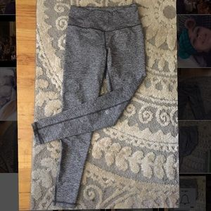 Victoria's Secret Knockout legging Grey.